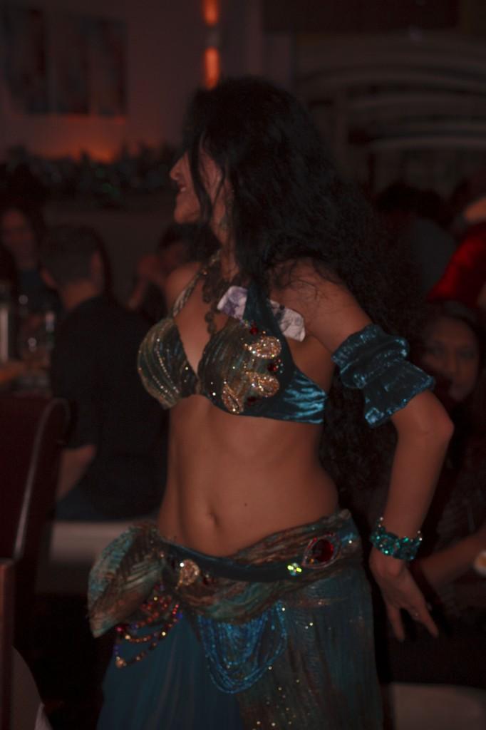 London  bellydance performer